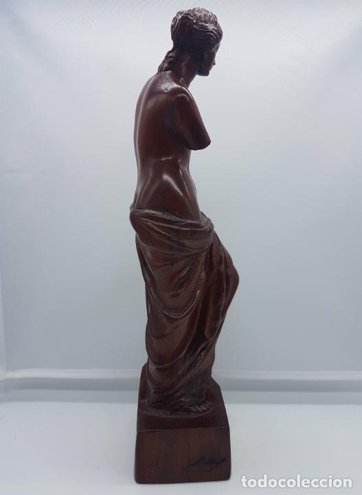 Arte: Escultura antigua en madera de palo rosa bellamenta tallado a mano y firmado, ( Venus de Milo ) . - Foto 3 - 76627955