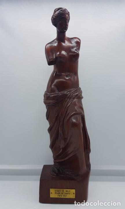 Arte: Escultura antigua en madera de palo rosa bellamenta tallado a mano y firmado, ( Venus de Milo ) . - Foto 5 - 76627955