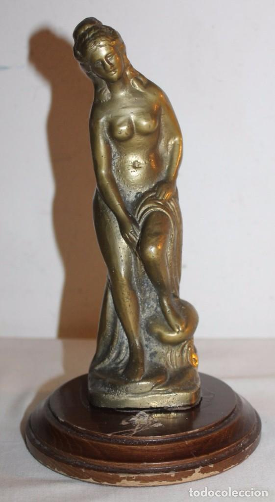 ESCULTURA MUSA GRIEGA EN BRONCE MACIZO - BASE DE MADERA - PRINCIPIOS DEL SIGLO XX (Arte - Escultura - Bronce)