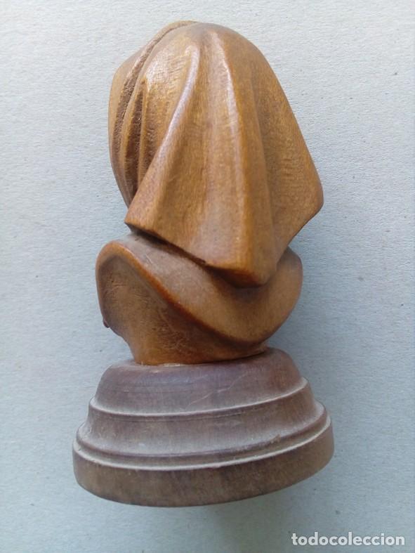 Arte: PEQUEÑA TALLA EN MADERA REPRESENTANDO ANCIANA - Foto 4 - 80120549