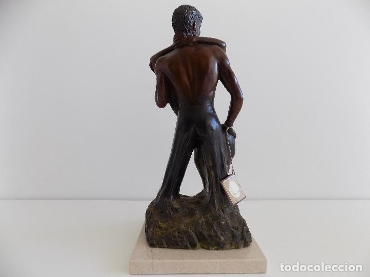 Arte: URREGUI: Escultura de una pareja de enamorados. (Nueva, con certificado) - Foto 3 - 80684562