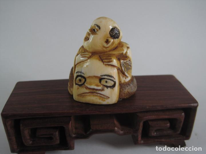 ANTIGUO NETSUKE MARFIL JAPONES, FIRMADO, SIGLO XIX (Arte - Escultura - Marfil)