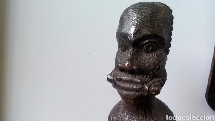 TALLA DE ÉBANO ANTIGUA . ESCLAVO MANIATADO.ARTE AFRICANO (Arte - Escultura - Madera)