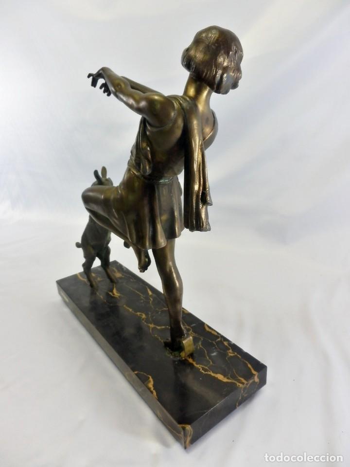 Arte: Emile J. N. Carlier (1849-1927) Danseur toge. Spelter en mármol portoro. Al estilo Godard. Art Decó - Foto 6 - 87002736