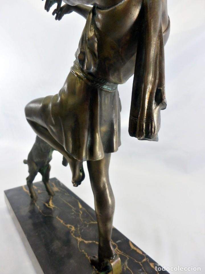 Arte: Emile J. N. Carlier (1849-1927) Danseur toge. Spelter en mármol portoro. Al estilo Godard. Art Decó - Foto 7 - 87002736