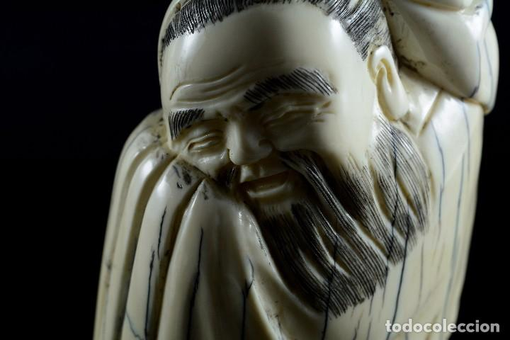 Arte: Bella Escultura talla de marfil de carácter costumbrista , sello en la parte posterior - Foto 4 - 107489362