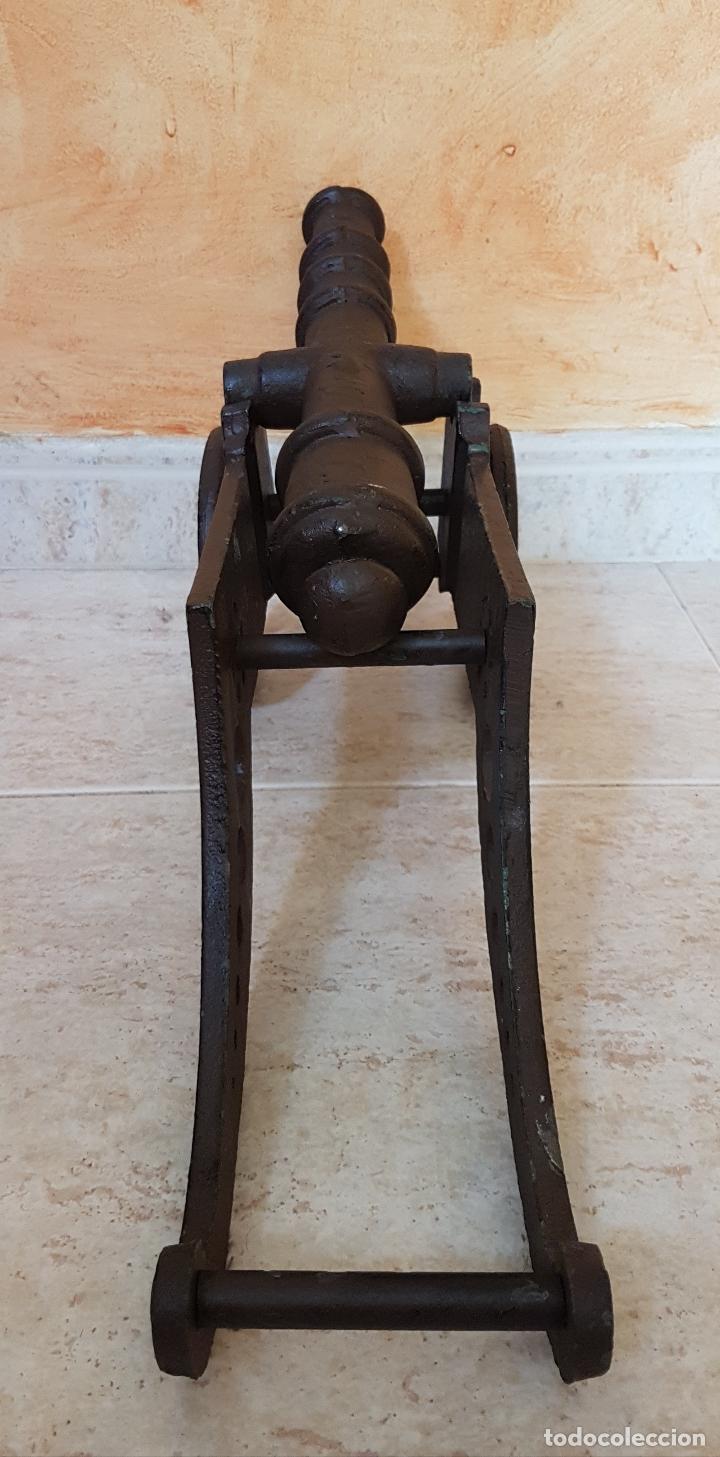 Arte: Gran cañon antiguo en hierro colado de estilo rustico con bellos acabados ( 49 CM X 21 CM X 14 CM ). - Foto 6 - 88891960