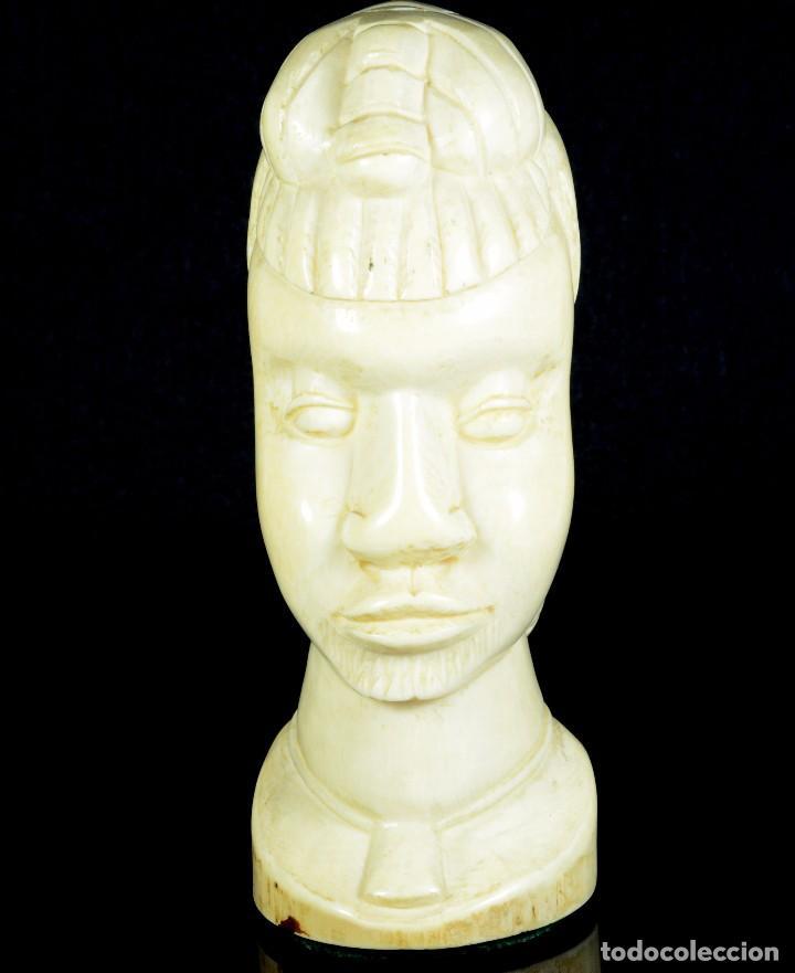 PRECIOSO Y ANTIGUO BUSTO AFRICANO (Arte - Escultura - Marfil)