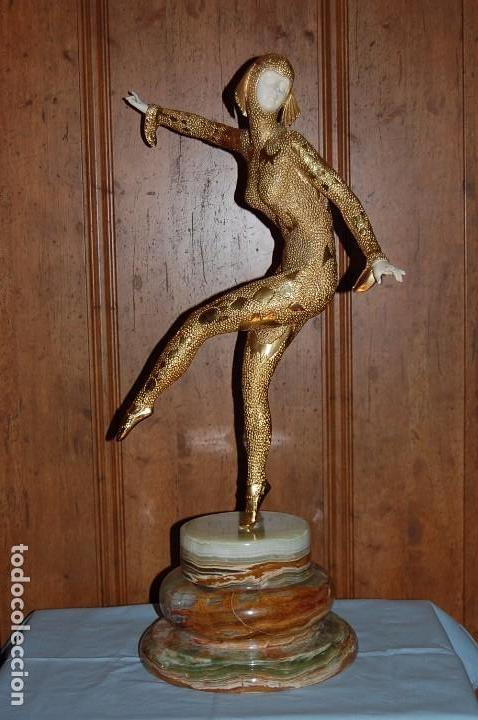 CRISELEFANTINA DE MARFIL. BAILARINA ART DECO DE 70 CM ALTURA (Arte - Escultura - Bronce)