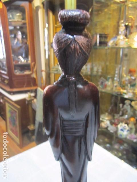 Arte: Figura de mujer oriental, tallada en madera. 40 cms. altura. - Foto 7 - 91250200