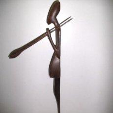 Arte: ESCULTURA DE MADERA - TALLA AFRICANA - TALLADA A MANO - 47 CM - MUY BONITA. Lote 92292480