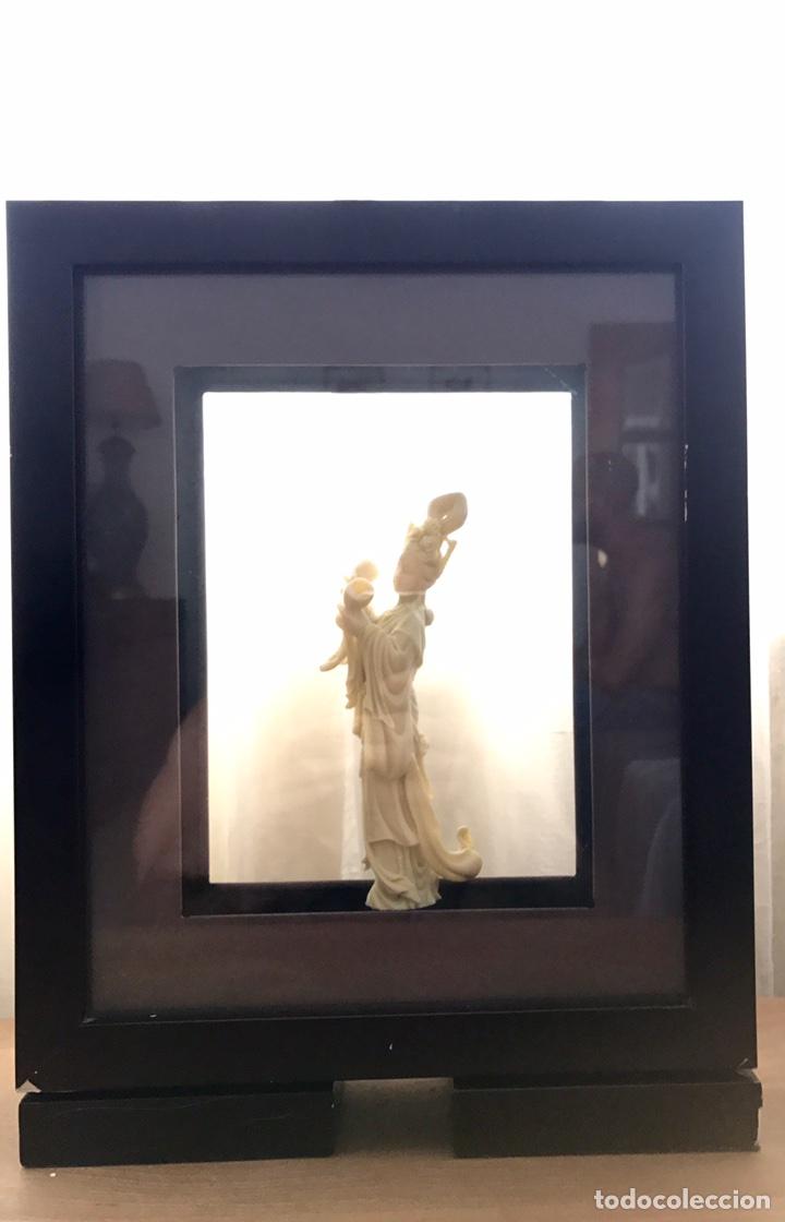 Arte: Preciosa Figura Diosa China con Marco doble (Pasta, no Marfil) - Foto 2 - 92930654
