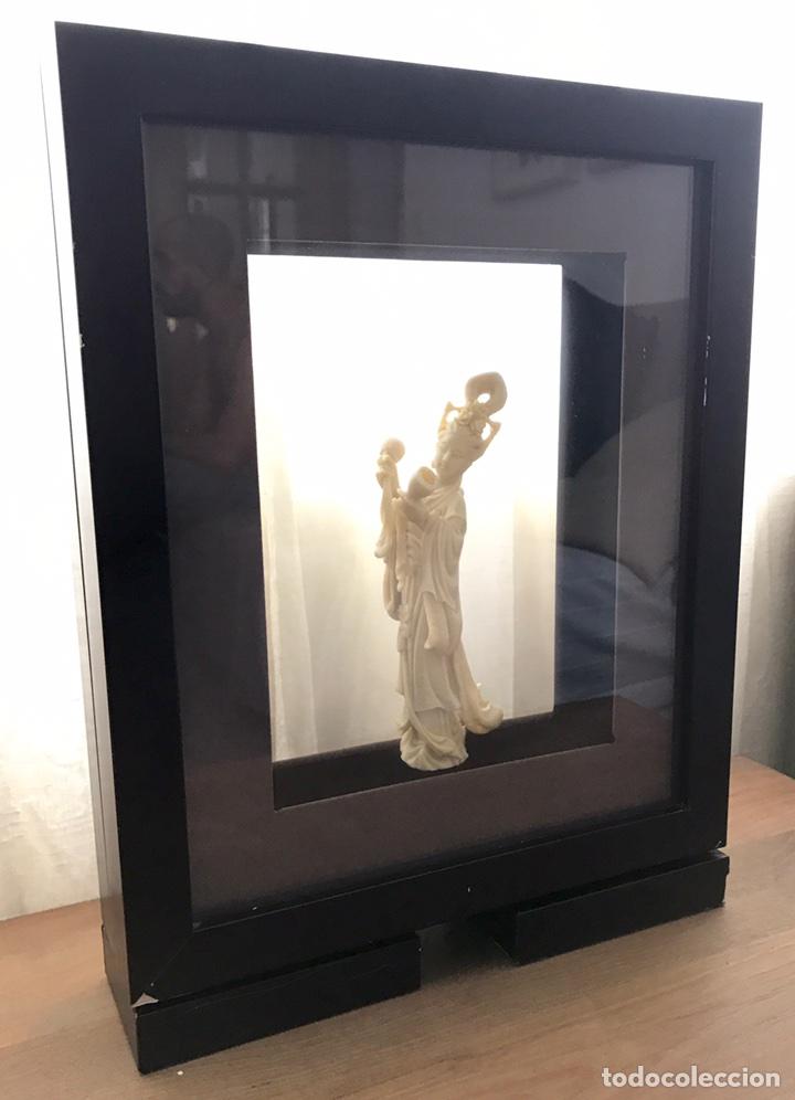 Arte: Preciosa Figura Diosa China con Marco doble (Pasta, no Marfil) - Foto 4 - 92930654