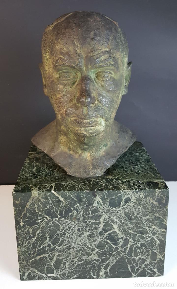 BUSTO. ESCULTURA EN BRONCE. BASE DE MÁRMOL. RAMÓN LLISAS FERNANDEZ. SIGLO XIX-XX. (Arte - Escultura - Bronce)