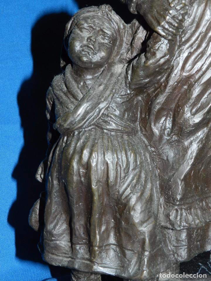 Arte: JOSE MARIA ACUÑA ( PONTEVEDRA ) - ESCULTURA EN BRONCE FIRMADA 41 X 23 CM, BUEN ESTADO - Foto 3 - 94744331