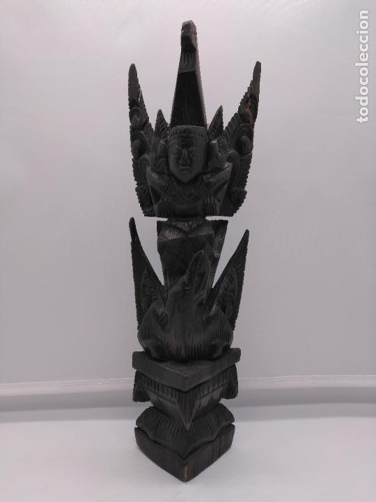 PRECIOSA ESCULTURA ANTIGUA TAILANDESA TALLADA A MANO EN MADERA ZOOMORFA DE ESTILO TOTHEM (Arte - Escultura - Madera)