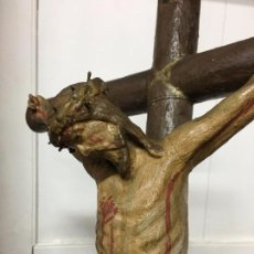 Arte: TALLA MADERA FINAL SIGLO XVIII Y REPINTADO POSTERIORMENTE CRISTO CRUCIFICADO - RELIGIOSO - CAPILLA. Lote 97427799