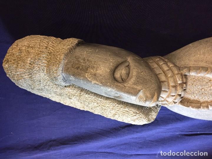 Arte: escultura figura con tocado ojos nariz boca piedra tallada firmada C. MAPEUMO 2000 80x25x15cms - Foto 16 - 97457075