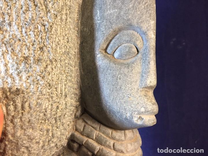 Arte: escultura figura con tocado ojos nariz boca piedra tallada firmada C. MAPEUMO 2000 80x25x15cms - Foto 22 - 97457075