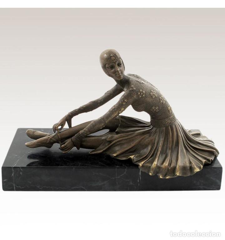 ESCULTURAS. ESCULTURA ARTESANAL EN BRONCE A LA CERA PERDIDA MUJER ART DECÓ SENTADA 'TANARA' (Arte - Escultura - Bronce)
