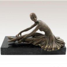 Arte: ESCULTURAS. ESCULTURA ARTESANAL EN BRONCE A LA CERA PERDIDA MUJER ART DECÓ SENTADA 'TANARA'. Lote 98204879