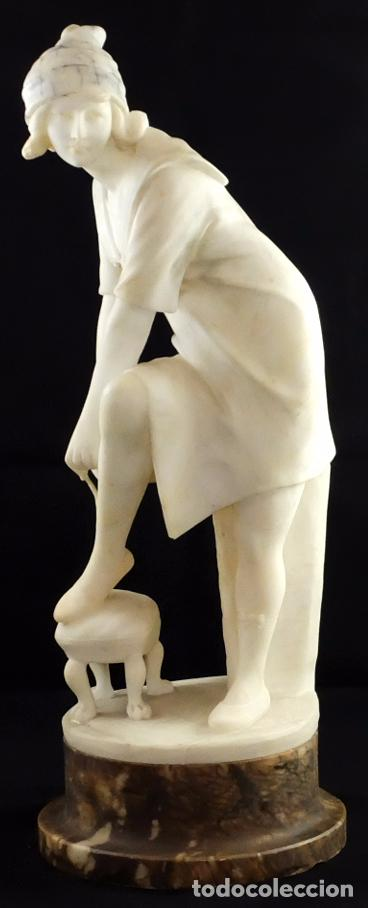 ESCUELA FRANCESA DEL SIGLO XIX. ESCULTURA EN ALABASTRO (Arte - Escultura - Alabastro)