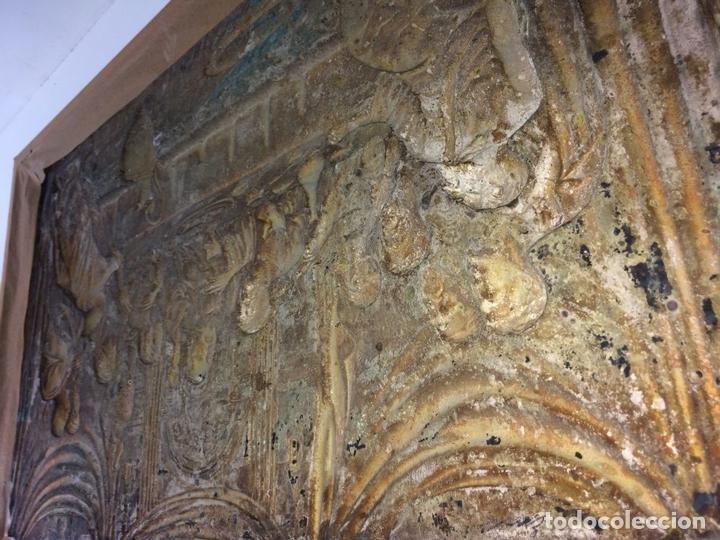 Arte: LA SANTA CENA. RELIEVE EN PLACA METÁLICA. COLOR PLATA. ANÓNIMO. ESPAÑA. CIRCA 1940 - Foto 10 - 100627487