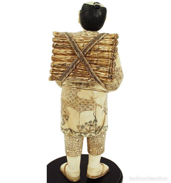 Arte: Artesanal Campesino con hoz 31cm con peana en Hueso Tallado de Vaca o Búfalo de agua - Foto 4 - 101417087