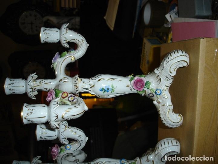 Arte: preciosa pareja de candelabros de porcelana alemana ver fotos - Foto 3 - 102364595