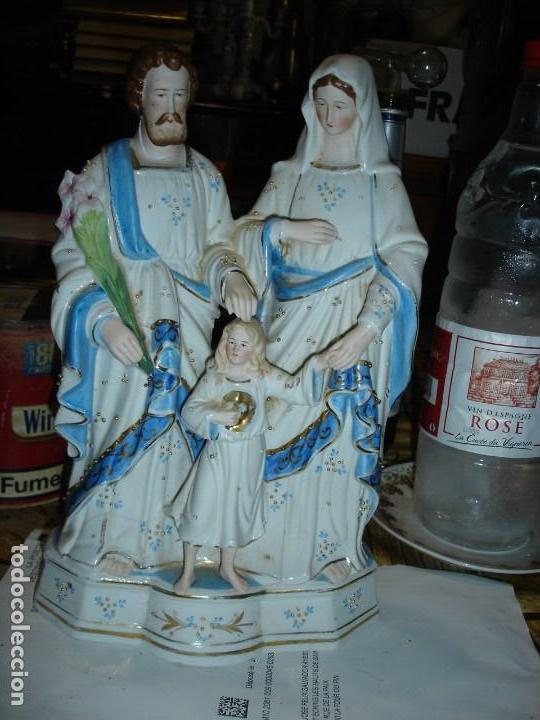 BONITA ESCULTUR EN PORCELANA VIEJO PARIS DE UNA SAGRADA FAMILIA (Arte - Escultura - Porcelana)