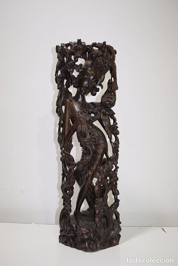 ESCULTURA ANTIGUA DE MADERA TALLADA MOTIVO DIOSA (Arte - Escultura - Madera)