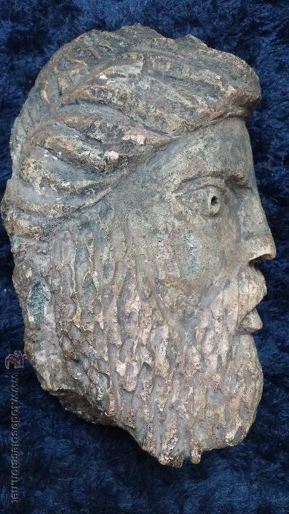 Arte: Antigua cabeza en piedra caliza posiblemente perteneciente a relieve - Foto 2 - 52175619