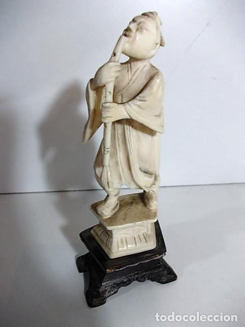 ANTIGUA FIGURA JAPONESA EN MARFIL CON SELLO DE AUTENTICIDAD (Arte - Escultura - Marfil)