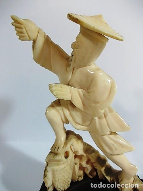 Arte: ANTIGUA ESCULTURA DE MARFIL HOMBRE PESCADOR - Foto 2 - 104395955