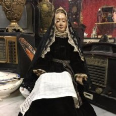 Arte: MAGNIFICA VIRGEN SIGLO XVIII CAP I POTA TALLA MADERA Y OJOS DE CRISTAL - RELIGIOSA - CAPILLA. Lote 104538659