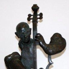Arte: ALVAR SUÑOL MUÑOZ RAMOS (MONTGAT, 1935) IMPORTANTE ESCULTURA EN BRONCE FIRMADA. PAU CASALS. Lote 104586471