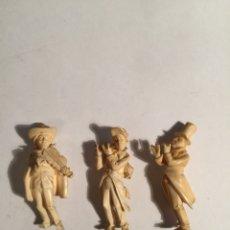 Arte: CONJUNTO DE 3 FIGURAS EN MARFIL REPRESENTANDO MÚSICOS. Lote 104719708