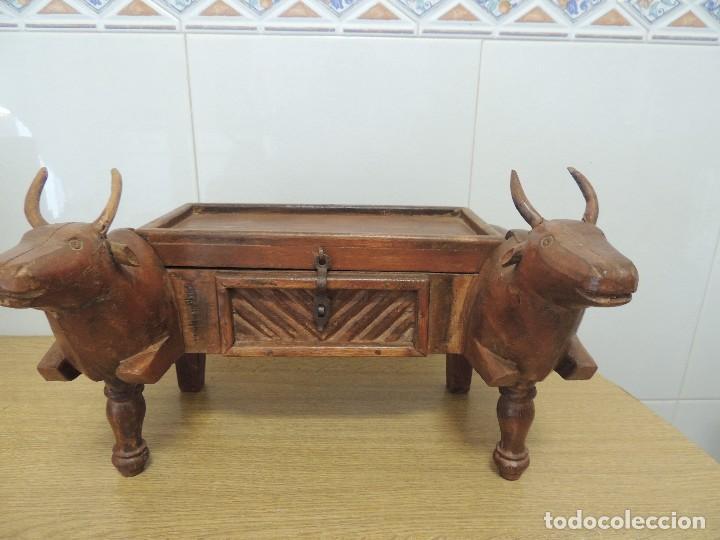 COFRE MADERA TALLADO S XIX UNICO (Arte - Escultura - Madera)