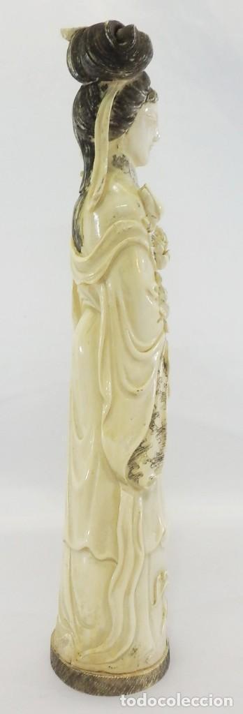Arte: Preciosa talla de marfil del s XIX, Geisha con detalles cromados. 31 cm. - Foto 2 - 104934559