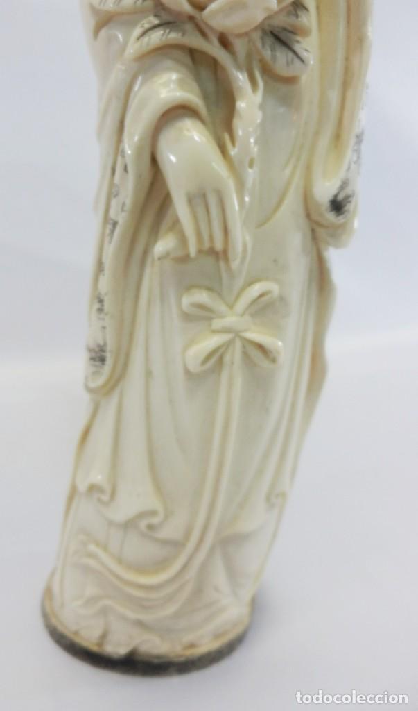 Arte: Preciosa talla de marfil del s XIX, Geisha con detalles cromados. 31 cm. - Foto 9 - 104934559