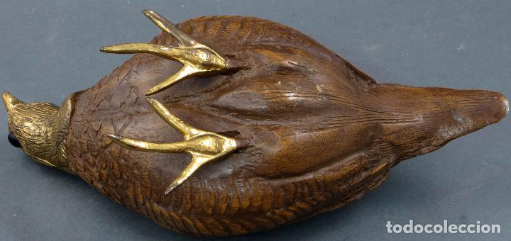 Arte: Escultura codorniz tallada en piedra con patas y cabeza de bronce siglo XX - Foto 6 - 105990199