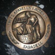 Arte: TINTS.APARELLS I ACABATS BUXO SABADELL ,ANONIMO 22,5 CM SIGLO XIX. Lote 107051359