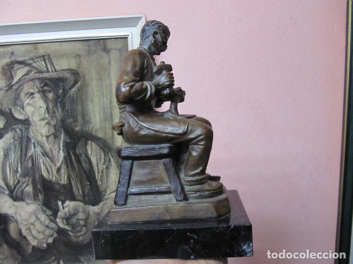 Arte: ESCULTURA DE COLECCION PUJOL CASTILLÓN EN BRONCE-ZAPATERO - Foto 6 - 110070619
