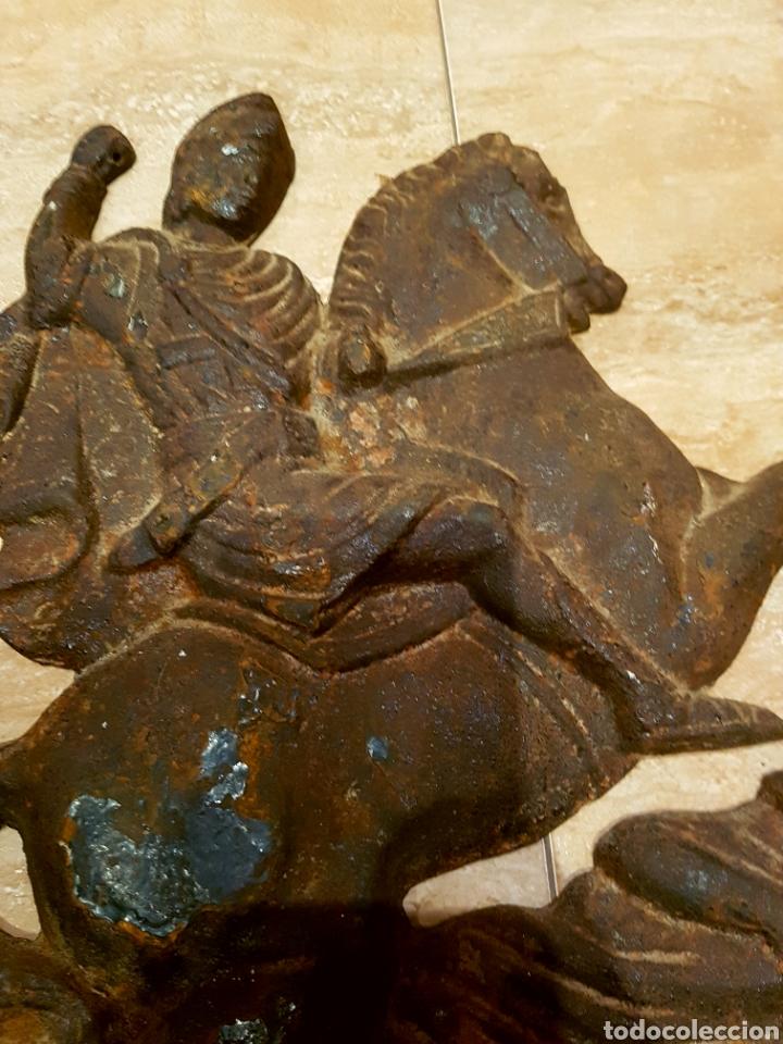 Arte: Importante y muy antiguo San Jorge en hiero fundido, ver fotos. - Foto 3 - 111911534