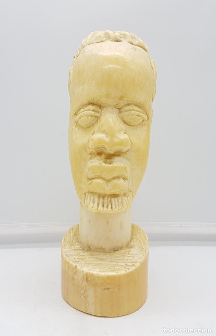 Arte: Busto antiguo africano en marfil tallado a mano, nativo de Gabón . - Foto 2 - 112206715