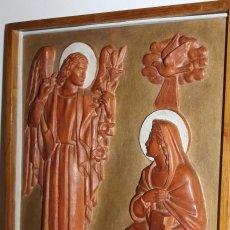 Arte: RAFAEL SOLANIC I BÀLIUS (1895-1990) - ANGELUS DOMINI - TERRACOTA POLICROMADA - 39 X 33 CM.. Lote 113835191
