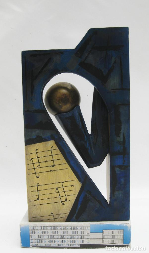 Arte: ESCULTURA PRIMERA PIEDRA CONSERVATORIO SUPERIOR DE MUSICA JOAQUIN RODRIGO VALENCIA MADERA PINTURA - Foto 3 - 114187999