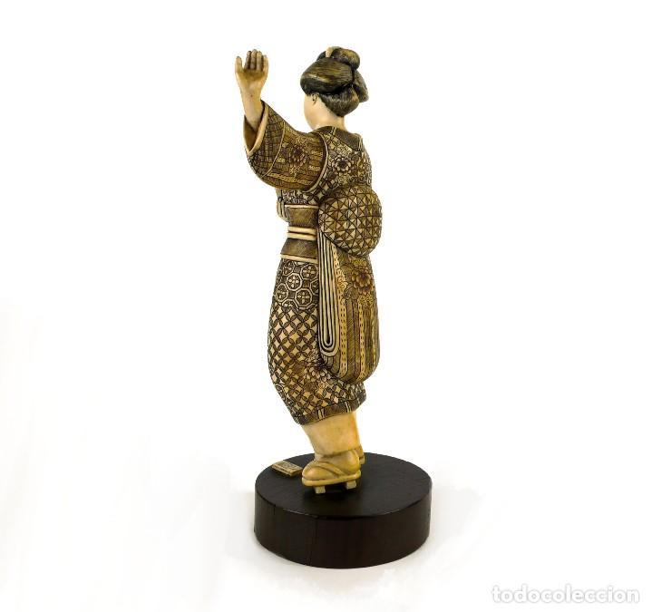 Arte: Geisha talla de marfil policromada- Firmada- Japón, mediados siglo XX - Foto 2 - 114288015