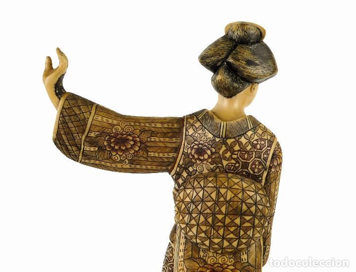 Arte: Geisha talla de marfil policromada- Firmada- Japón, mediados siglo XX - Foto 5 - 114288015