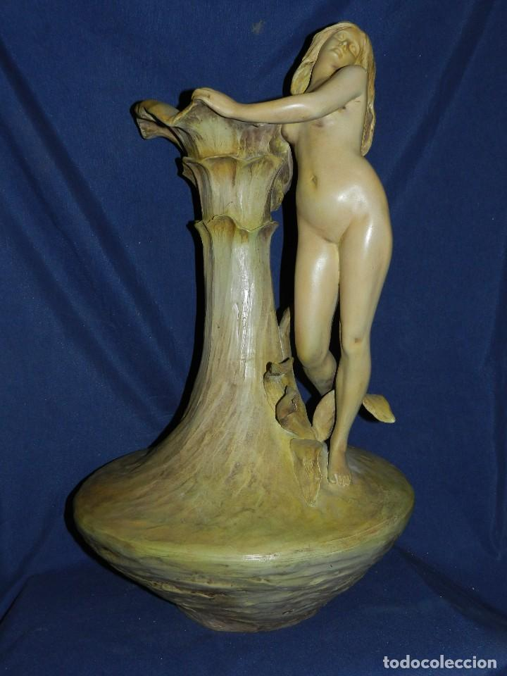 (BF) TERRACOTE MODERNISTA FIRMADA POR FRIEDRICH GOLDSCHEIDER CHER (1845-1897) , MEDIDAS 71 X 41CM (Arte - Escultura - Terracota )